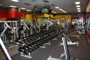 golds-gym-rancho-santa-margarita-900x600